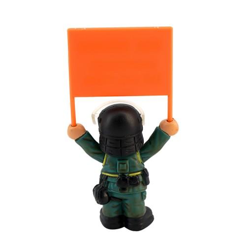 舉淺橙旗單個PTU公仔